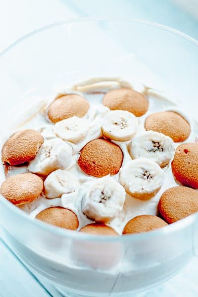 close up of banana cream pudding topped with nilla wafers and banana slices