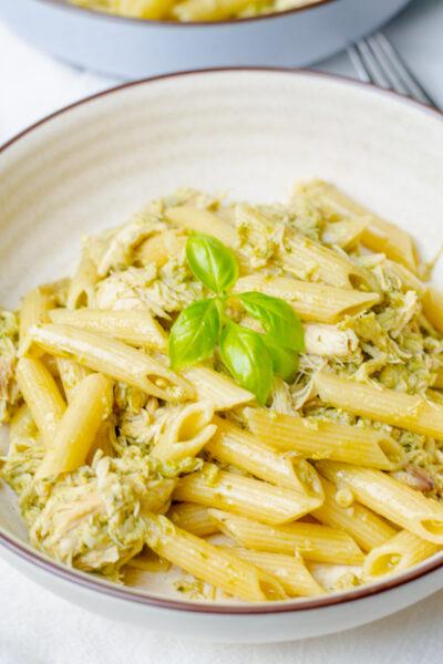 bowl of chicken pesto pasta